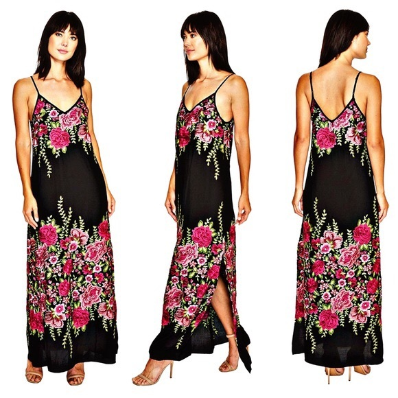 b00ebe51568 Karen Kane embroidered Maxi Dress